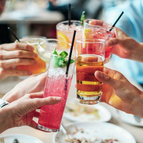 Die angesagtesten und coolsten Sommerdrinks 2018