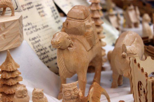 Souvenirs aus Holz